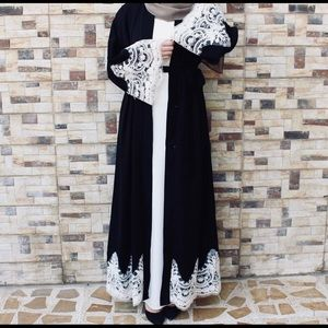 Open Black and White Luxury Dubai AbayaNWT, used for sale